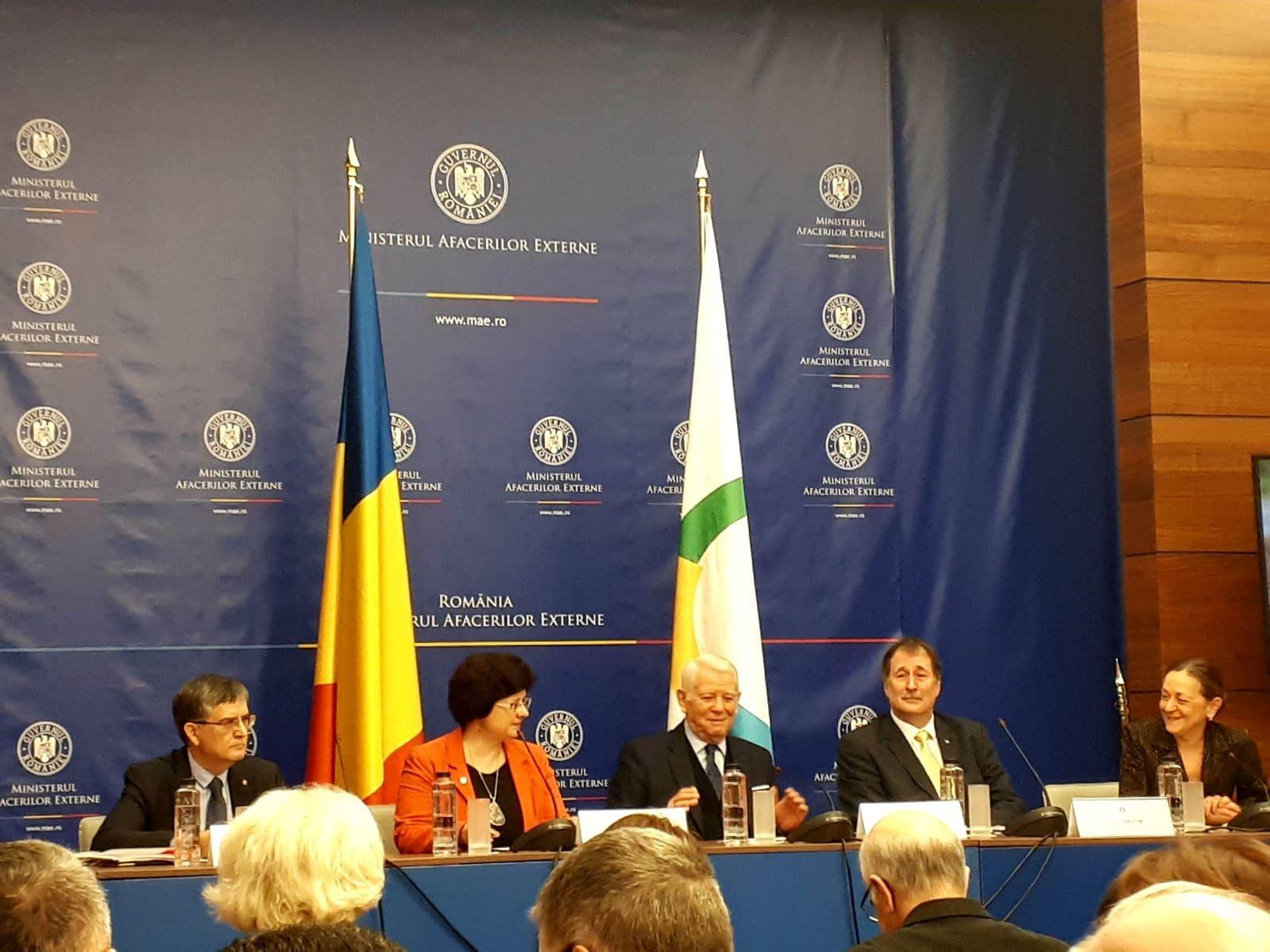 Astăzi, secretarul de stat al ANES, Grațiela Drăghici, a participat la evenimentul organizat de MAE cu ocazia celebrării Zilei Internaționale a Francofoniei precum și aniversării a 25 de ani de la aderarea României la mișcarea francofonă.