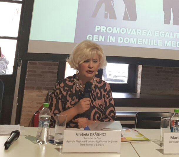 """Astăzi, secretarul de stat al ANES, Grațiela Drăghici, a participat la evenimentul organizat de Biroul de informare al Parlamentului European cu tema """"Promovarea egalității de gen în domeniile media şi TIC""""."""