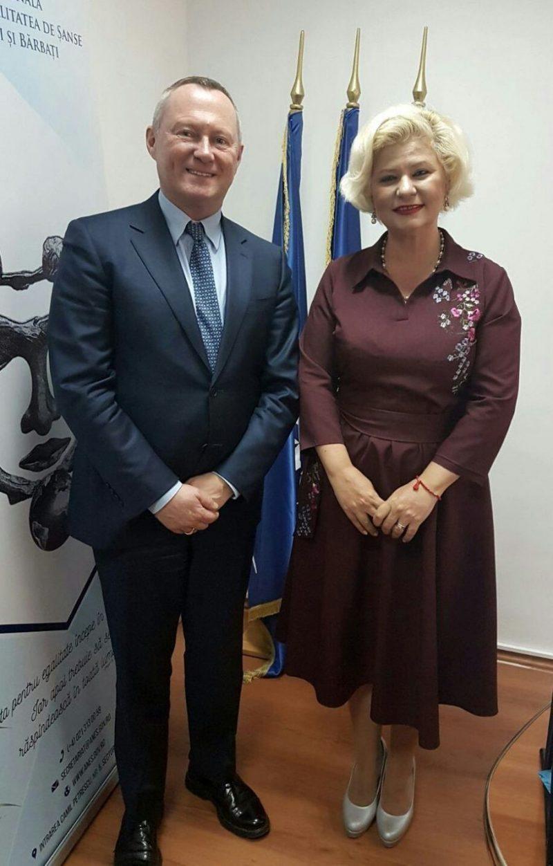 Astăzi, la sediul ANES, a avut loc întâlnirea de lucru cu domnul Michael O'Flaherty, directorul FRA, Agenție a UE care militează de peste 10 de ani în domeniul drepturilor fundamentale ale omului.