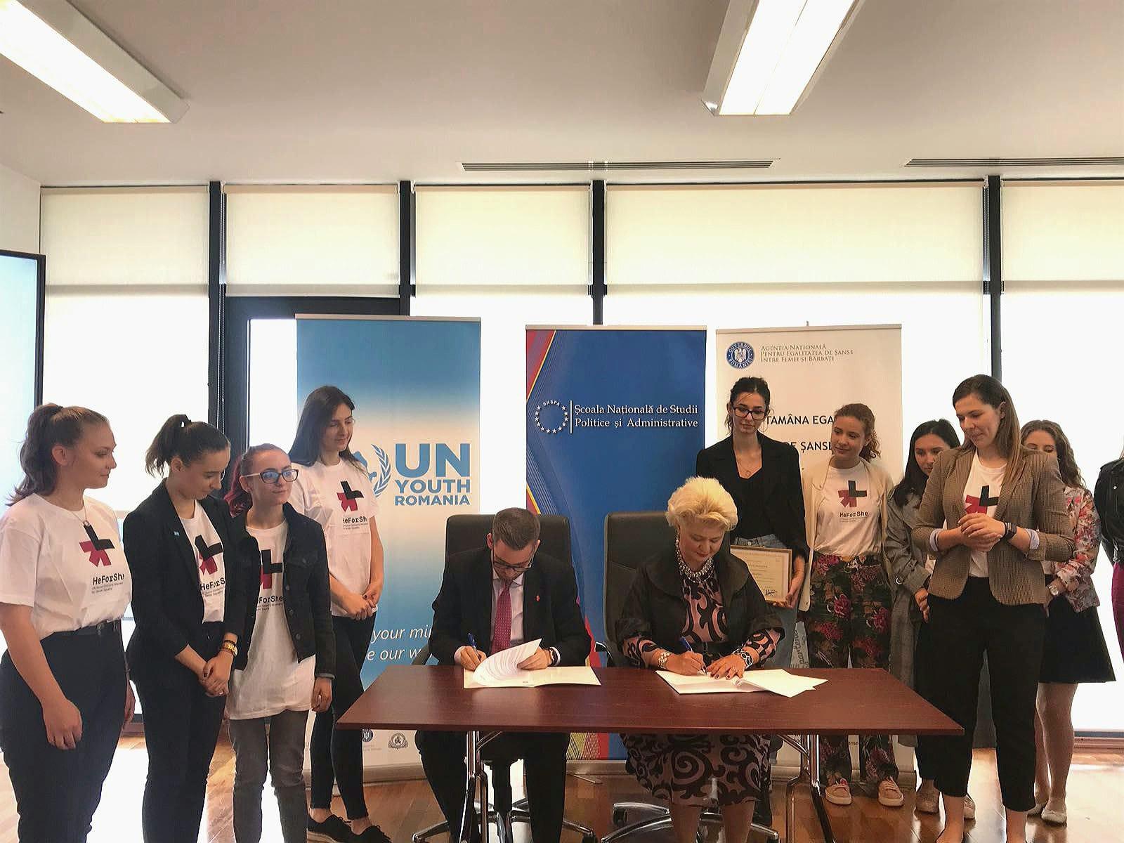 """Ieri a avut loc """"Ceremonia de semnare a Protocolului de Colaborare între Agenția Națională pentru Egalitatea de Șanse între Femei și Bărbați (ANES) și Asociația UN Youth România"""" în vederea promovării în rândul tinerilor a obiectivelor ONU de dezvoltare durabilă, din perspectiva ODD 5 și implementării angajamentelor asumate de România în cadrul Adunării Generale a ONU prin aderarea la Campania #HeforShe."""